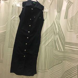 Sleeveless button dress black